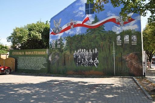 Wieści_mural Bełchatów