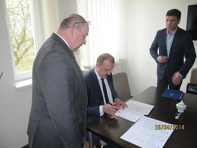 Wieści_SAN porozumienie z III LO w Tomaszowie
